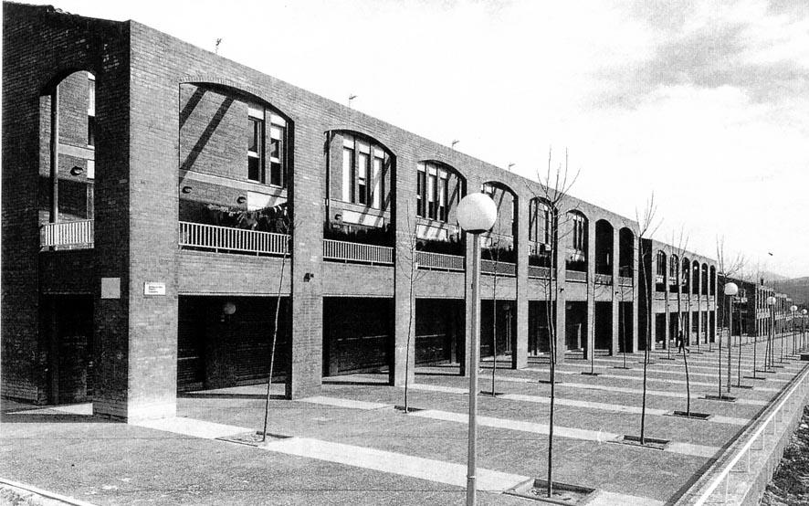 94 viviendas de protección oficial en Igualada (1987), en colaboración con Francesc Mitjans