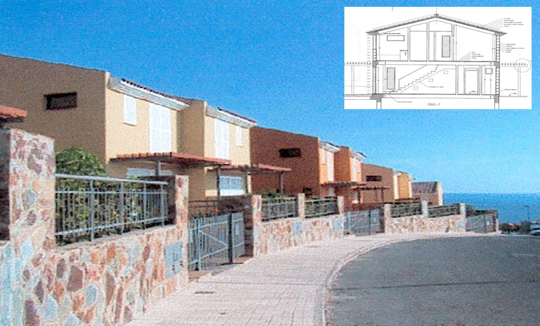 38 bungalows turísticos en Gran Canaria (2001), en colaboración con EFS