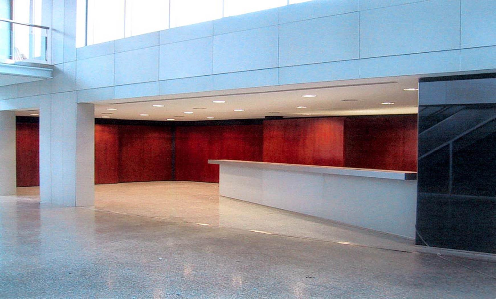Ampliación del vestíbulo de acceso al museo del F.C.B. (2002)