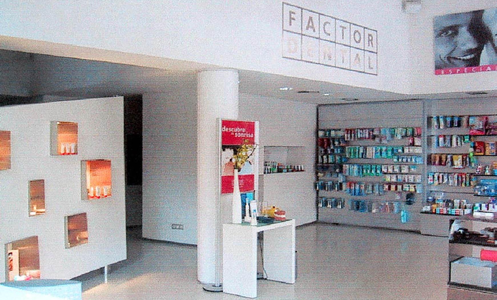 Reforma para proyecto prototípico de Clínica Dental en c. Marià Cubí, Barcelona (2000)